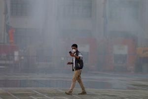 Thái Lan làm mưa nhân tạo để giảm ô nhiễm nghiêm trọng ở Bangkok