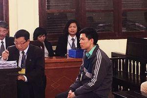 Cựu giám đốc BV Hòa Bình xin tòa xét xử có tình với Hoàng Công Lương