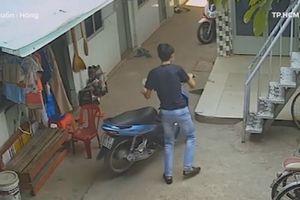 Thanh niên vào xóm trọ phá khóa, trộm xe máy nhanh như chớp