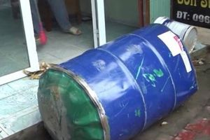 Yên Bái: Nổ lớn khi cưa vỏ thùng xăng, hai người bị thương nặng