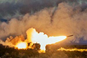 Cận cảnh khẩu pháo phản lực Mỹ đang 'nổi lửa' ở Trung Đông