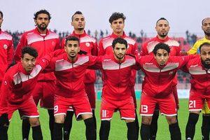 Cầu thủ Yemen, người làm tài xế taxi, người làm nhân viên giao hàng