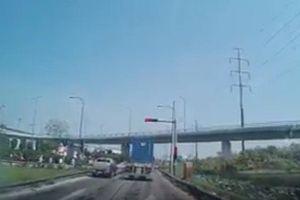 Xác minh, xử nghiêm xe container vượt đèn đỏ ở TP. Hồ Chí Minh