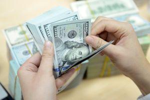 Tỷ giá trung tâm tăng mạnh lên mức kỷ lục