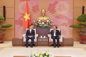 Phó Chủ tịch Quốc hội Đại tướng Đỗ Bá tỵ tiếp Phó Chủ tịch Hội đồng Lập pháp Vương quốc Thái Lan