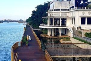 Đường đi bộ gỗ lim trên sông Hương đưa vào sử dụng