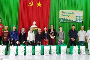 Nhà máy Bia Heineken trao quà Tết cho 150 hộ gia đình khó khăn