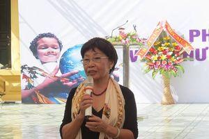 Nhà thơ Phan Thị Thanh Nhàn hướng dẫn viết thư UPU: Nếu tra Google phải biến thành ý tưởng riêng