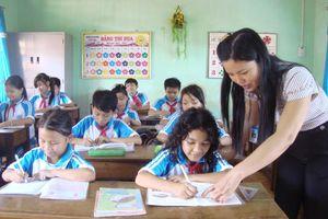 Đánh giá học sinh trước áp lực thành tích: Liệu có khách quan?