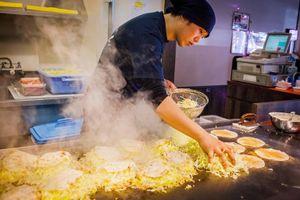 Vi vu Nhật Bản, thưởng thức 13 món ăn nổi tiếng vùng miền
