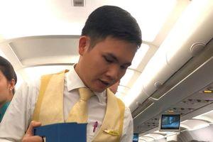 Bắt quả tang khách Trung Quốc trộm 10 triệu đồng trên máy bay