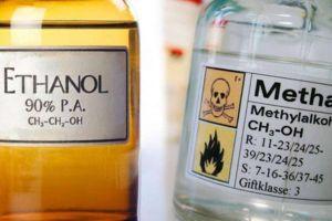 Uống rượu pha từ cồn công nghiệp rất độc