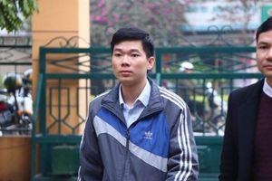Bị cáo Hoàng Công Lương giữ quyền im lặng tại tòa