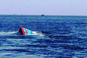 Việt Nam đề nghị 5 nước hỗ trợ tìm kiếm 10 ngư dân mất tích