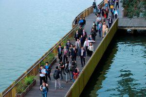 Cầu gỗ lim 64 tỉ đồng bên sông Hương, điểm 'sống ảo' lý tưởng thơ mộng