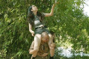 Em trai Xuân Hinh bị chỉ trích vì có cảnh diễn phản cảm với hotgirl