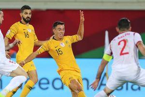 Australia thắng kịch tính trước đối thủ của Việt Nam