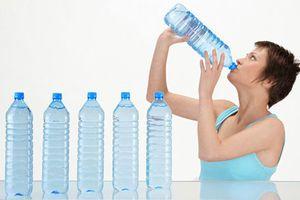 5 lý do khiến bạn lúc nào cũng khát