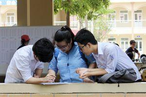 Chương trình giáo dục phổ thông mới: Có thực sự 'giảm tải'?