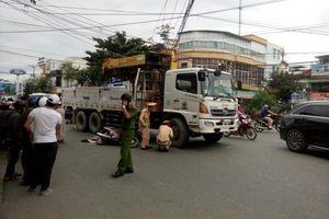 Va chạm xe tải cẩu điện lưới, người đàn ông chết thảm