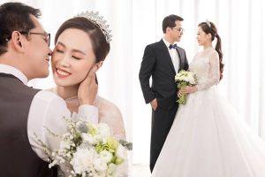 Hé lộ ảnh cưới của NSND Trung Hiếu và 9X