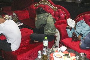 11 người dương tính chất ma túy ở quán bar Diamond