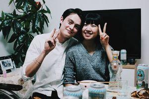 Nỗi khổ của các cô gái chưa chồng ở Trung Quốc: Bỏ tiền triệu thuê bạn trai về quê ăn Tết