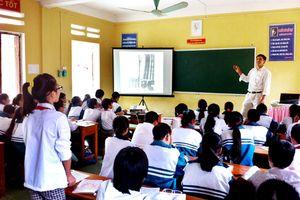 Nặng về hình thức khi cả thầy và trò đều 'diễn', nhiều giáo viên đề nghị loại bỏ cuộc thi dạy giỏi