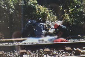 Cô gái trẻ nghi lao vào đoàn tàu tự tử