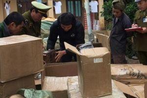 Liên tiếp bắt giữ các lô hàng thực phẩm nhập lậu giáp Tết