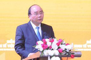 Thủ tướng Nguyễn Xuân Phúc chủ trì Phiên Đối thoại chính sách cấp cao của Diễn đàn Kinh tế Việt Nam năm 2019