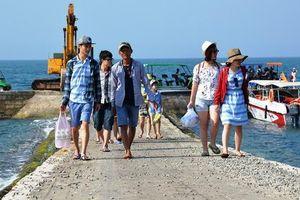 Quảng Ngãi muốn thu phí du khách đến Lý Sơn