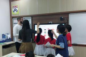 Làm gì để nâng cao chất lượng dạy và học ngoại ngữ?