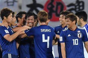Ngược dòng hạ Uzbekistan, Nhật Bản đứng nhất bảng F