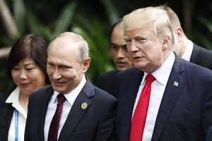 Nghị sỹ Mỹ yêu cầu thẩm vấn thông dịch viên tham gia các cuộc đối thoại Trump-Putin