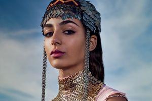 Người mẫu Maroc 19 tuổi giành được chiến dịch quảng cáo lớn đầu tiên với Chanel