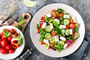 Tập thể dục và ăn uống lành mạnh giúp cải thiện nhận thức
