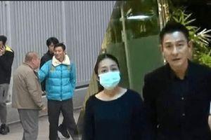 Lưu Đức Hoa bí mật quay lại đóng phim sau khi khỏi bệnh, Chu Lệ Thiên đích thân mang cơm canh bồi dưỡng cho chồng