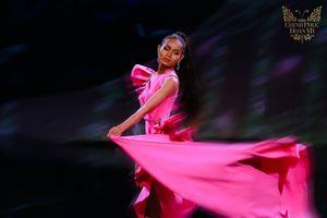 Chẳng ai ghép ảnh 2009 - 2019 'chất phát ngất' như dàn thí sinh The Tiffany: Như khác biệt cả cuộc đời!