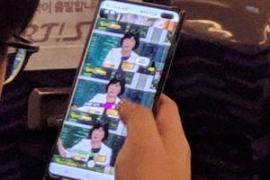 Samsung Galaxy S10+ lần đầu lộ ảnh thực tế trên tay người dùng, dễ dàng nhận ra qua một chi tiết đặc biệt