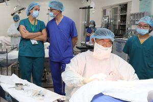 BV Phụ sản Hà Nội hợp tác với chuyên gia Mỹ nâng cao chất lượng khám chữa bệnh