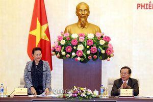 Chủ tịch Quốc hội Nguyễn Thị Kim Ngân làm việc với lãnh đạo Tập đoàn Dầu khí Việt Nam