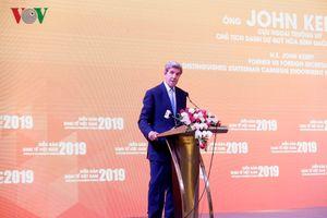 Cựu Ngoại trưởng Mỹ: Ô nhiễm ở Hà Nội cao hơn Bắc Kinh, New Delhi
