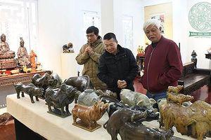 Nhà sử học Dương Trung Quốc giới thiệu bộ sưu tập 'Lợn sung túc'