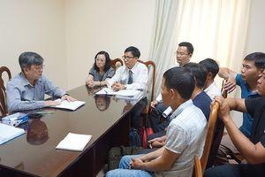 Đại biểu Trương Trọng Nghĩa tiếp 5 công dân vụ cưa gỗ khô