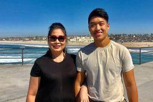 Con trai nghệ sĩ Hồng Vân cao 1,80 m, hát hay, du học Mỹ năm 14 tuổi