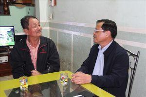 UBND huyện Hoàng Sa, Đà Nẵng thăm các gia đình nhân chứng