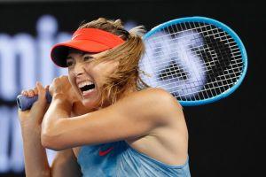 Chiến thắng ấn tượng, Sharapova phế truất ngôi vô địch của Wozniacki