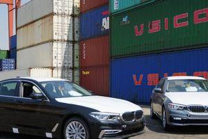 Cận cảnh xế sang BMW 5 Series cập cảng, sẵn sàng đến tay người dùng