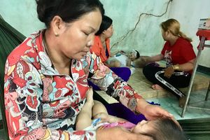 Chết trẻ vì tai nạn giao thông: Ba mẹ đi sắm Tết, 3 con bỗng mồ côi